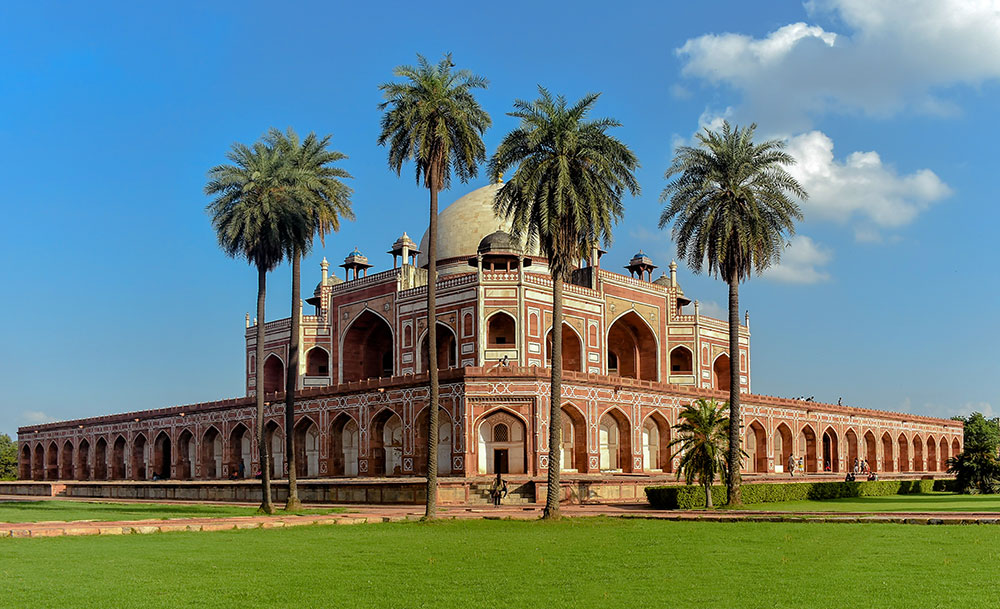 01 Humayuns_Tomb_Delhi_India_WELCOME TO LUXURY TOURISM with Claudia Gomez